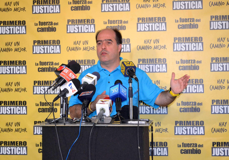 Julio Borges: La gente ve en la oposición un camino para el país
