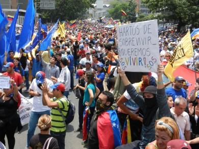 Desfile del 10 de Mayo en Caracas