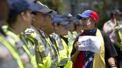 protestas-bloqueo-revocatorio-cne